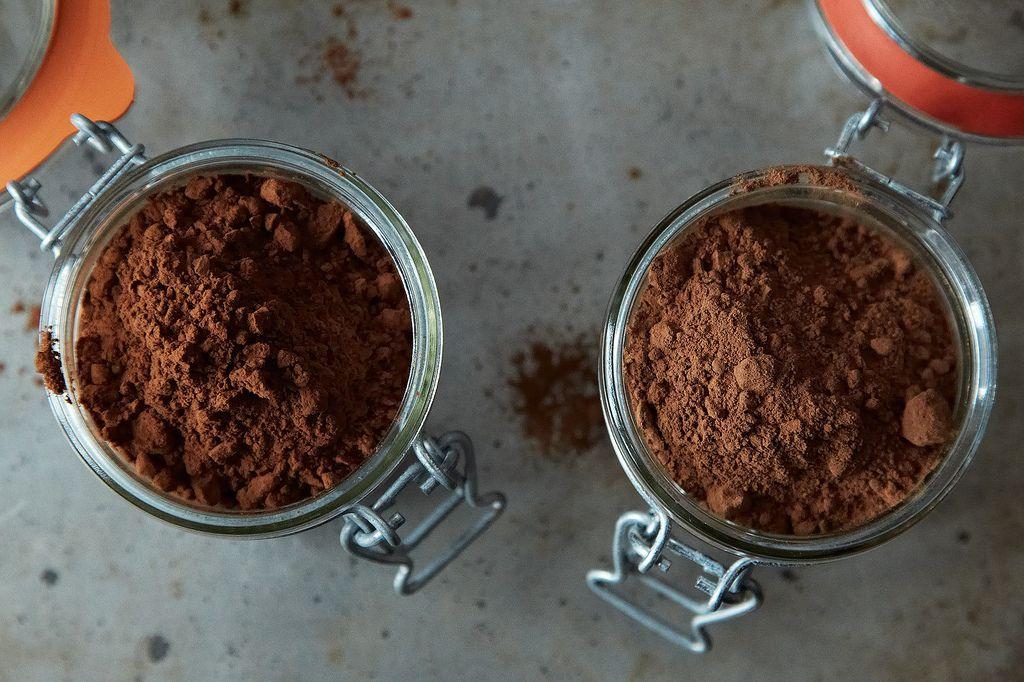 ارائه پودر کاکائو آلکالایز و پودر کاکائو طبیعی