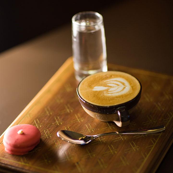 طرز تهیه قهوه فوری گلد چگونه است؟