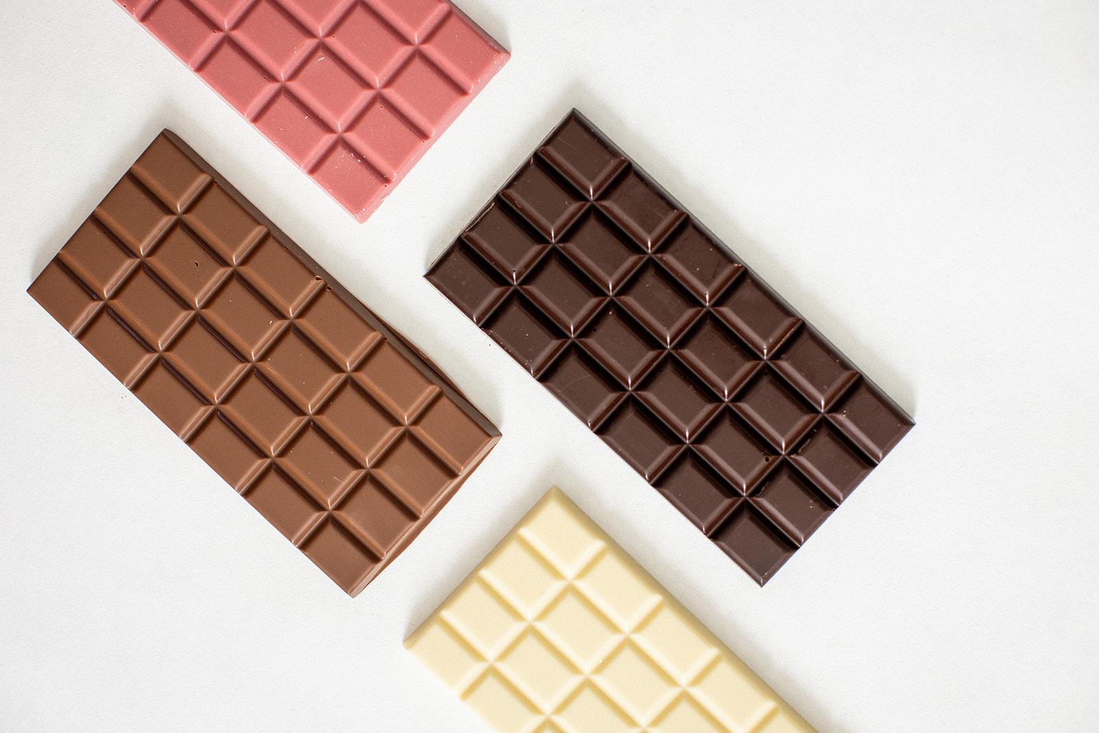 قیمت انواع شکلات تخته ای کیلویی