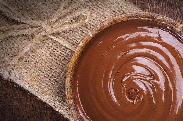 مصارف شکلات تخته ای در قنادی ها